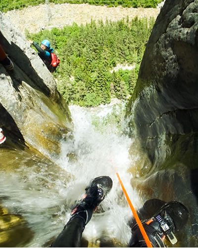 canyoning-agua-vertical (4)